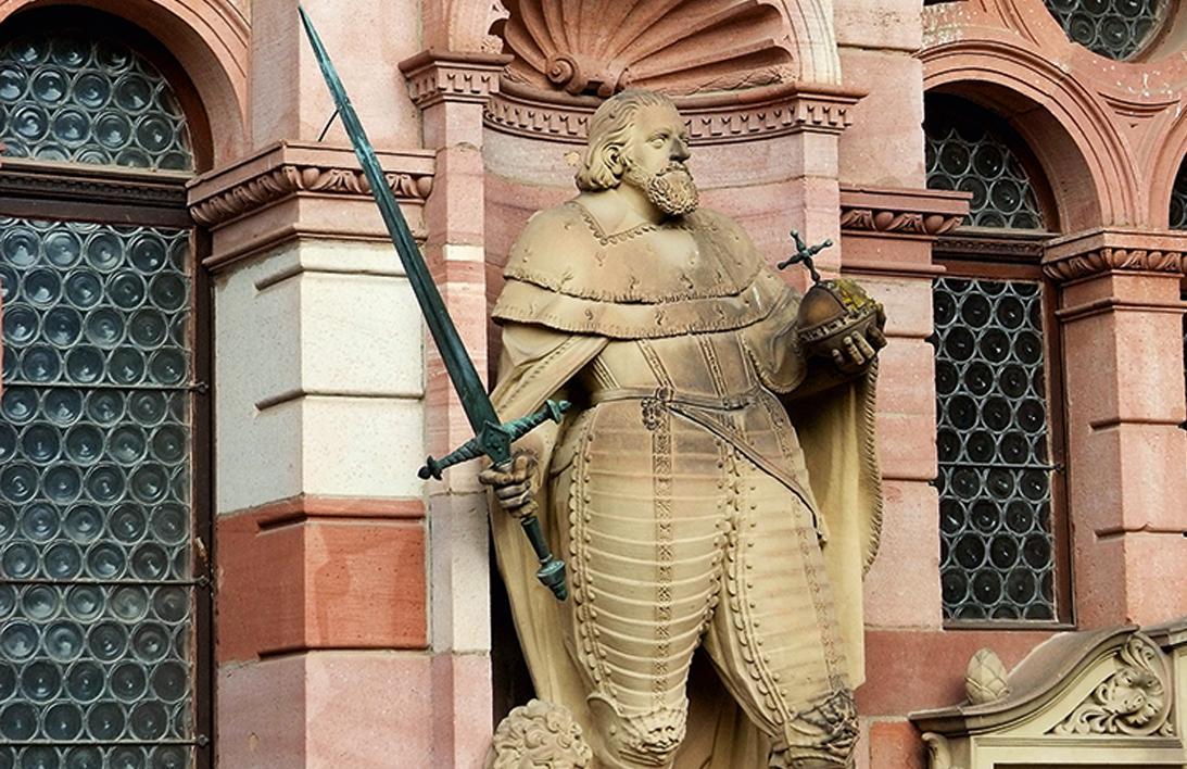 Statue du prince-électeur FriedrichIII; crédit photo: Staatliche Schlösser und Gärten Baden-Württemberg, MikeNiederauer
