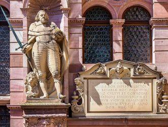 Schloss Heidelberg, Detailansicht Inschrift am Friedrichsbau