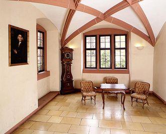 Ehemaliges Zimmer von Charles Graf de Graimberg im Friedrichsbau von Schloss Heidelberg; Foto: Staatliche Schlösser und Gärten Baden-Württemberg, Andrea Rachele