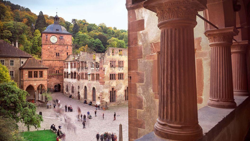 17_Schloss_Heidelberg_Besucher-0445_RGB_500_mod_foto-ssg-guenther-bayerl_168x100.jpg