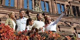 Besucher in Schloss Heidelberg