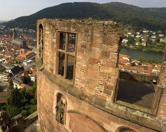 View of the Fat Tower at Heidelberg Palace. Image: Staatliche Schlösser und Gärten Baden-Württemberg, Achim Mende