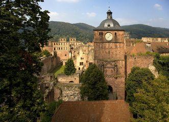 View of the gate tower at Heidelberg Palace. Image: Staatliche Schlösser und Gärten Baden-Württemberg, Achim Mende